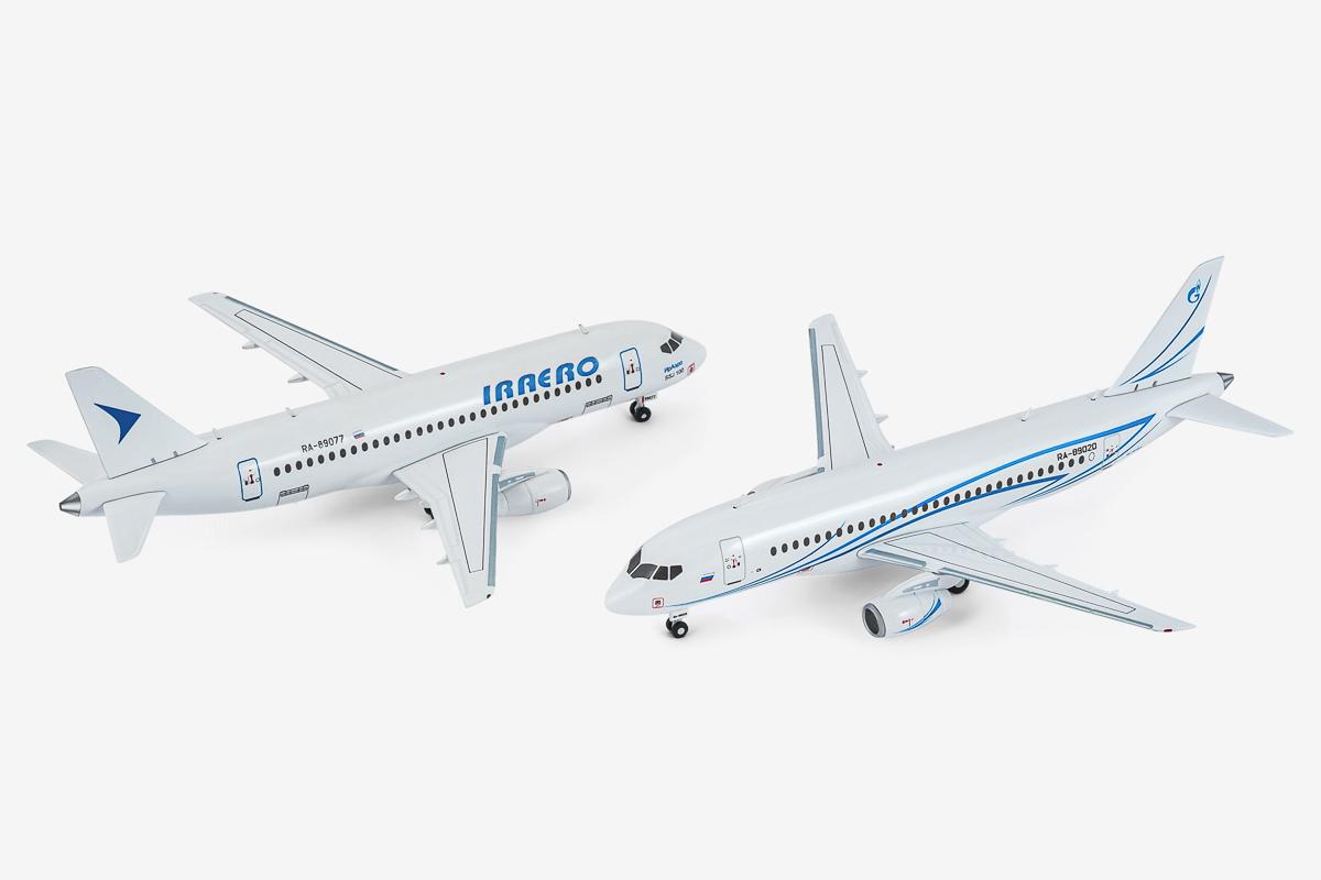 AviaBoss SSJ-100 scale models.
