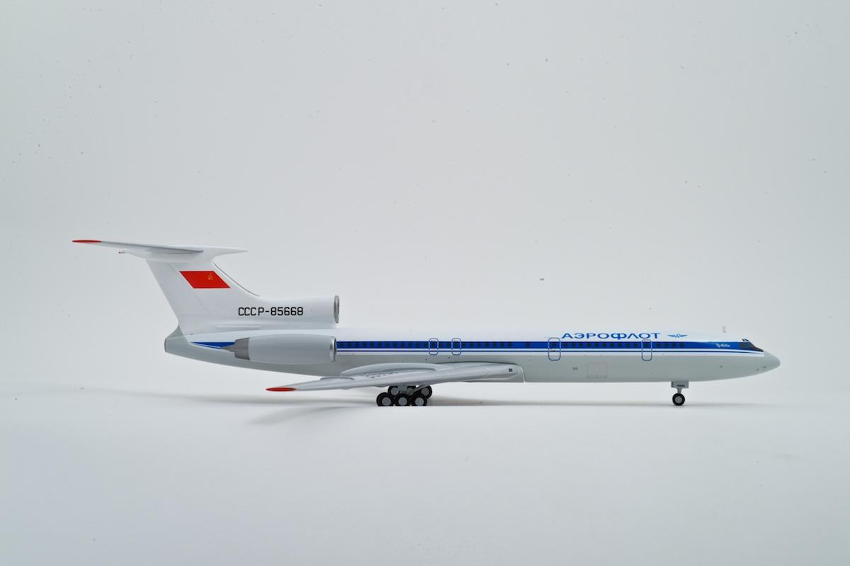 Tupolev Tu-154M scale model, AviaBoss A2021.